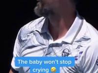 Młoda fanka doprowadzona do płaczu podczas meczu tenisa