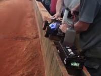 Pit Stop w wyścigu samochodów zdalnie sterowanych