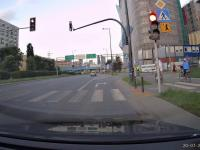 Jak dochodzi do potrąceń rowerzystów - warszawski taksiarz pokazuje sposób