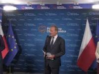 Donald Tusk i pytanie od funkcjonariusza Miłosza Kłeczka z TVPIS