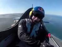 Pilot kaskadera i jego manewr