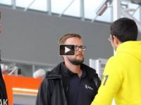 Witanie ludzi na lotnisku (wkręta)